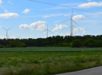 Windpark Lusshardt_Ortsausfahrt_St-Leon